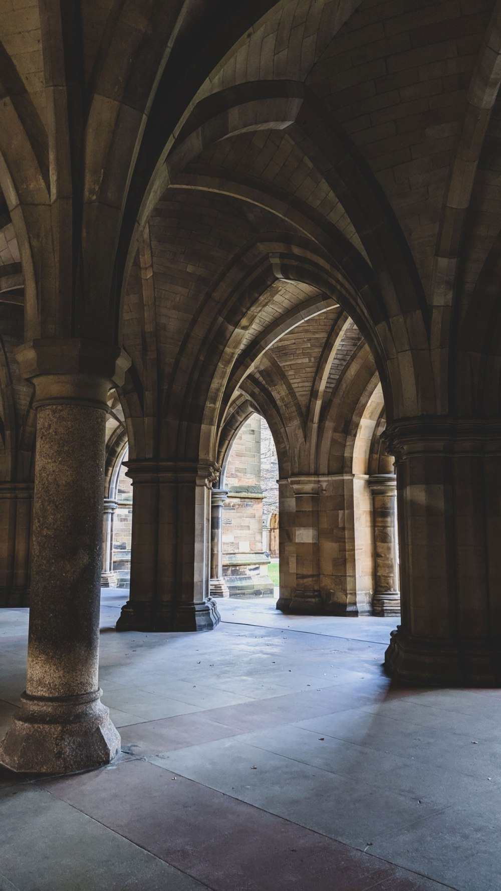 Cloisters-University-of-Glasgow (4)