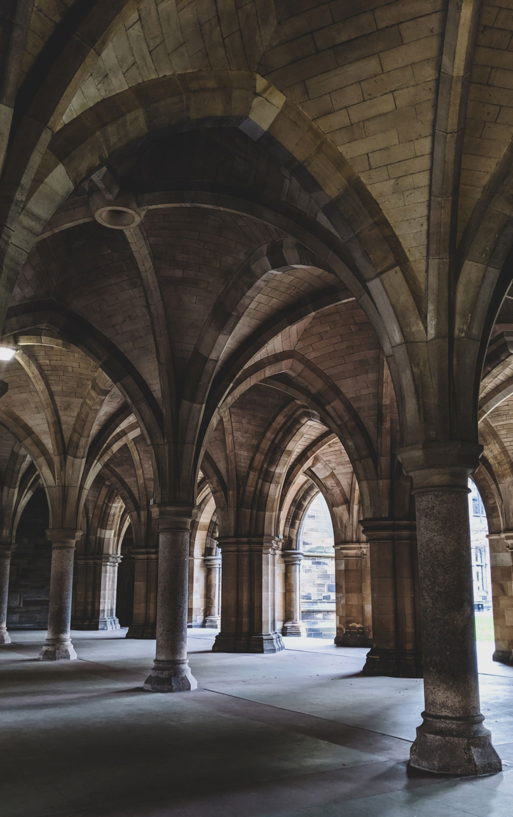 Cloisters-University-of-Glasgow (9)