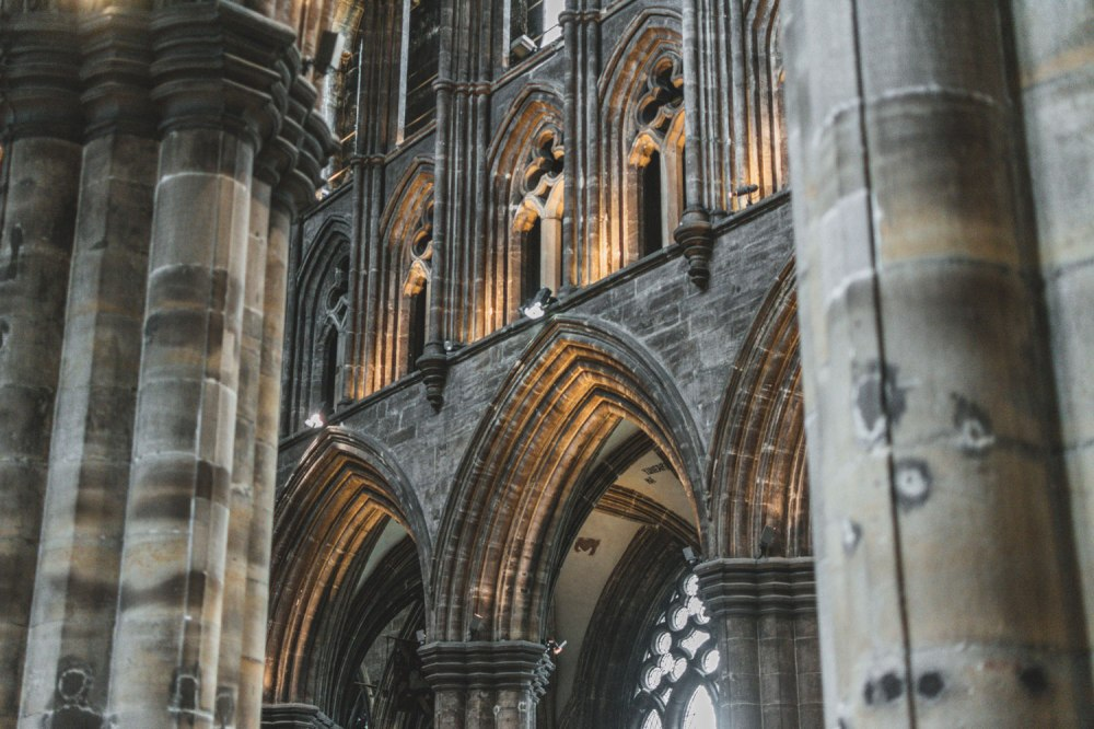 St-Mungos-Cathedral-Glasgow (3)