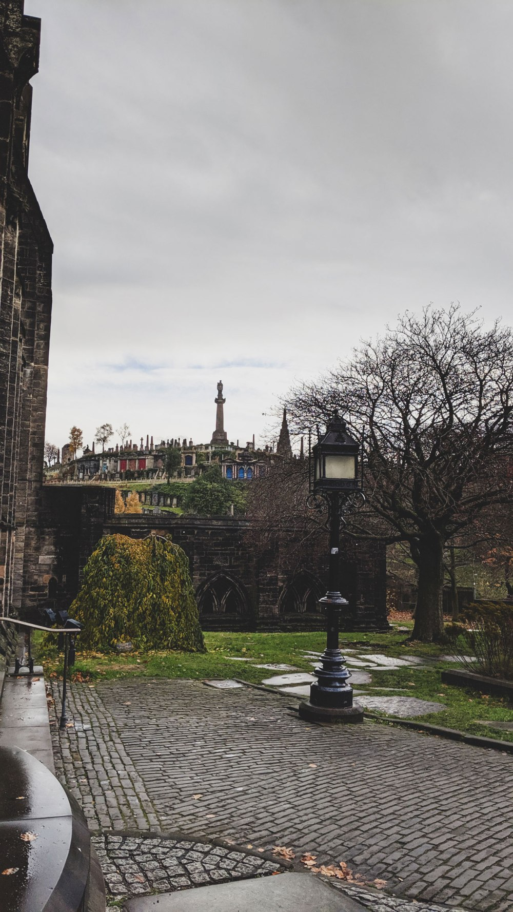 St-Mungos-Cathedral-Glasgow (4)