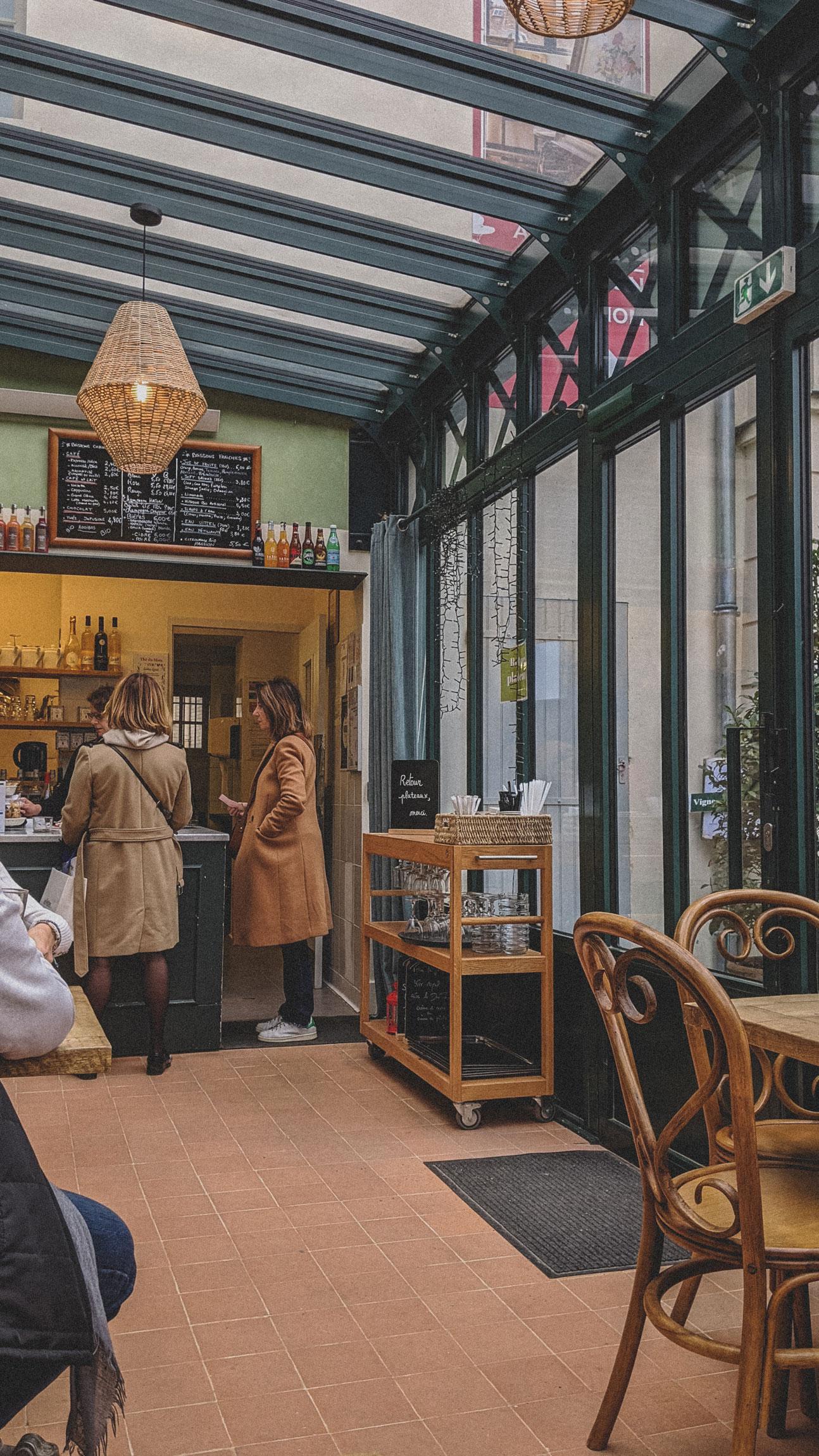 Cafe-Renoir-Musee-de-Montmartre-Paris (6)